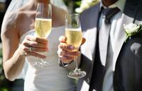 結婚式の披露宴、乾杯の挨拶を頼まれたら