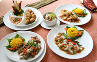 個性的♪タイ、ハワイ......各国料理でカジュアルウエディング