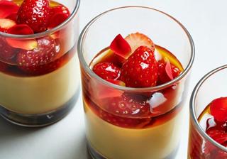 旬のフルーツを使った彩りスイーツ♪ あま~くとろける魅惑のプリン