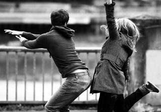 「オレがいなくても大丈夫だよね」男が手を引く強すぎる女の生態