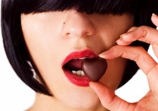 事実、女性は恋でキレイになれる!恋愛ホルモンを分泌する方法