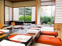 日本人の「わびさび」を大切に取り入れた本格的な会場です