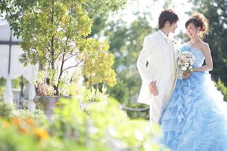【保存版】結婚式の費用相場はいくら?規模別の必要な資金総額や基礎知識は?レストラン、ホテル披露宴の予算比較